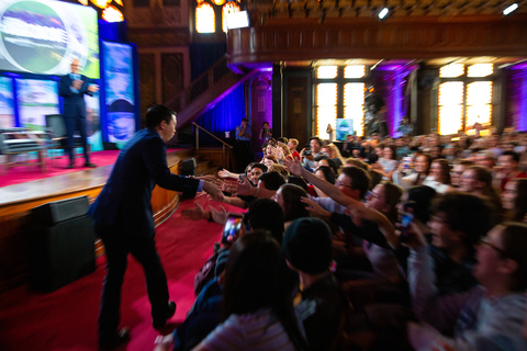 Andrew Yang greeting student attendees at the GU Politics Climate Summit in September 2019